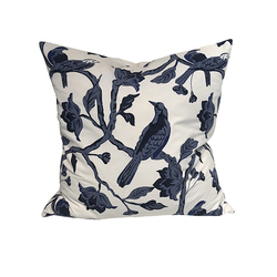 Cushion cover bird, 60x60 Hvit og blå - Mille Moi