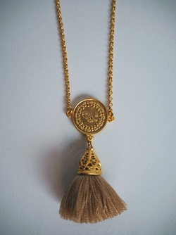 Gold Tassel Necklace Moccachino - Isle&Tribe