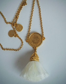 Gold Tassel Necklace long Ivory - Isle&Tribe