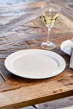 RM signature collection dinner plate Hvit - Riviera Maison